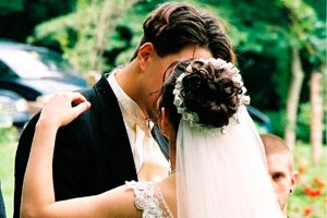 Cómo debe ir vestido el novio a la boda según las tradiciones y el protocolo
