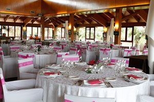 Cómo ubicar a los invitados en una cena formal