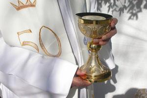 Cómo organizar la misa de los 15 años
