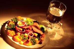 Consejos para organizar un brunch, una comida para celebrar en familia