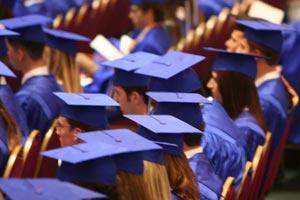 Consejos e ideas para organizar una entrega de diplomas y la reunión posterior de celebración