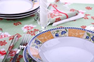 Tips para organizar una cena elegante en familia