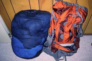 Consejos para organizar la mochila de campamento