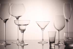 Qué copas y vasos utilizar para un evento en el hogar