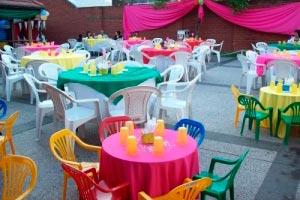 Consejos para organizar un cumpleaños exitoso para una persona mayor. Decoración, música, comida y sorpresas!