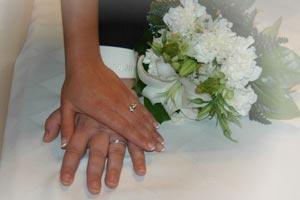 Tradiciones y mitos que rodean a la novia en el día de su casamiento