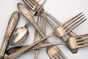 Lista de elementos que debes tener en tu cocina para completar la cubertería